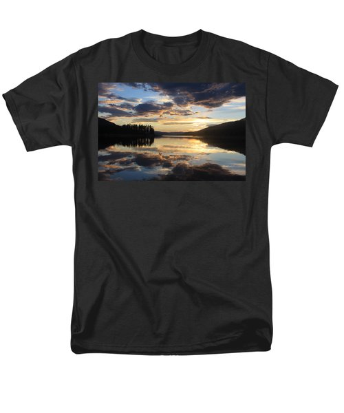 Men's T-Shirt  (Regular Fit) featuring the photograph Colorado Sunset by Chris Thomas