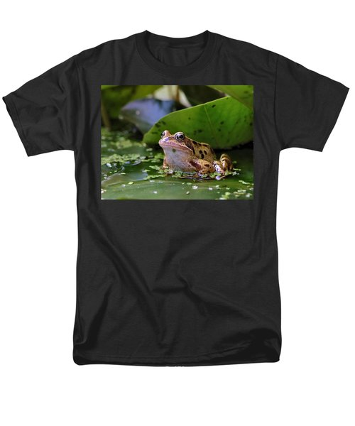 Common Frog Men's T-Shirt  (Regular Fit) by Ron Harpham