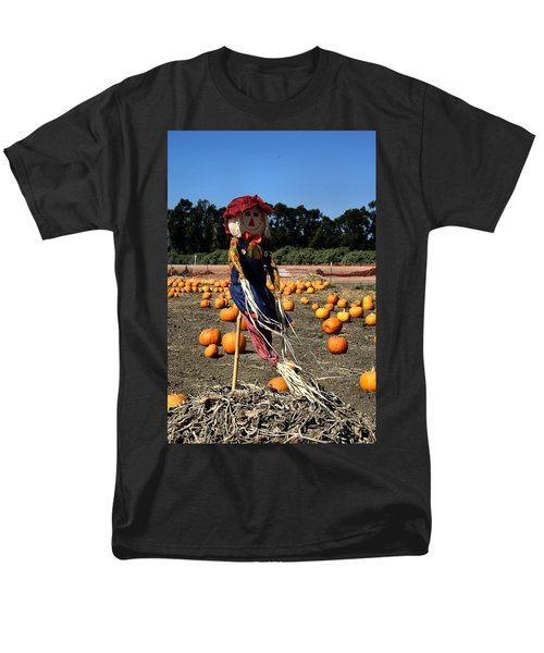 Men's T-Shirt  (Regular Fit) featuring the photograph Corn Mom by Michael Gordon