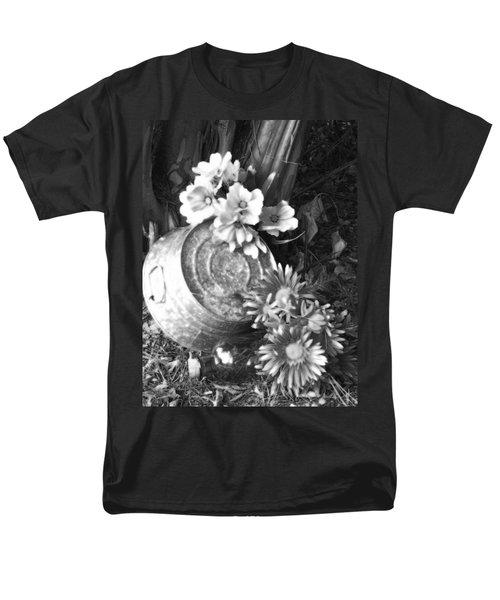 Country Summer - Bw 03 Men's T-Shirt  (Regular Fit) by Pamela Critchlow