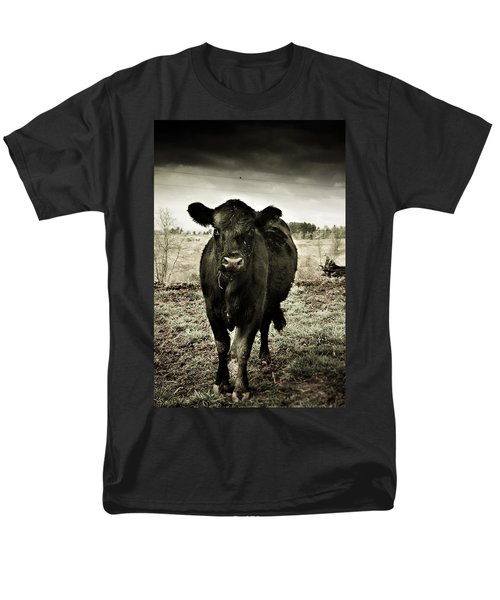 Cow In The Winter Pasture  Men's T-Shirt  (Regular Fit) by Gray  Artus