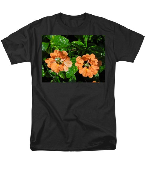 Men's T-Shirt  (Regular Fit) featuring the photograph Crossandra by Ron Davidson