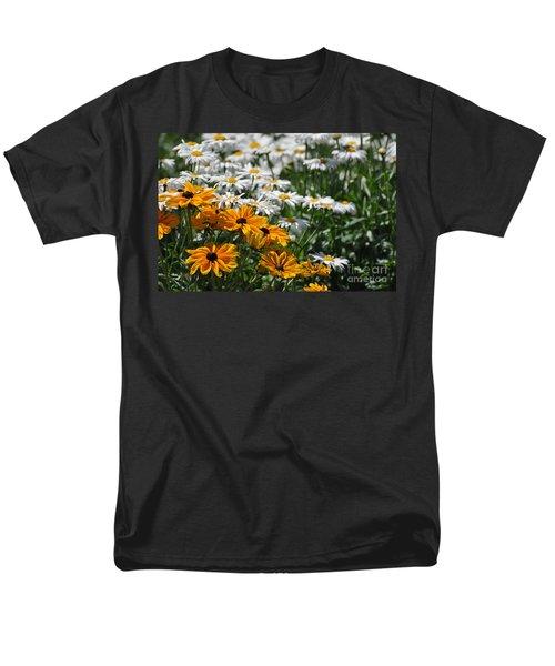 Daisy Fields Men's T-Shirt  (Regular Fit)