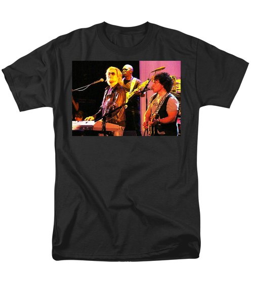 Daryl Hall And Oates In Concert Men's T-Shirt  (Regular Fit) by Alice Gipson
