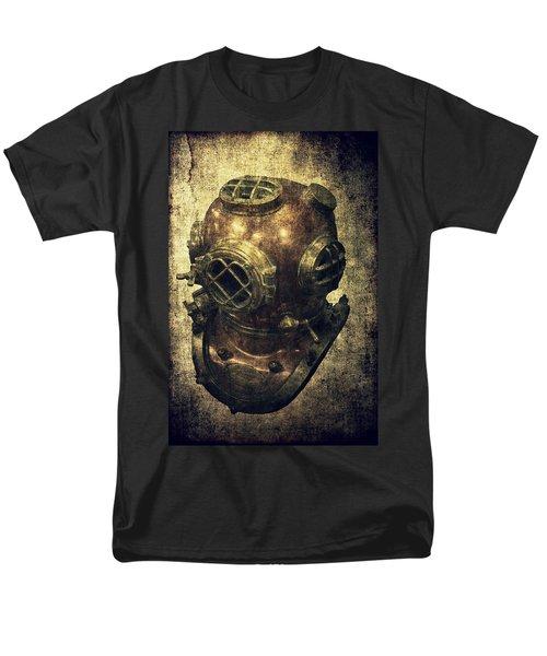 Deep Sea Diving Helmet Men's T-Shirt  (Regular Fit) by Daniel Hagerman