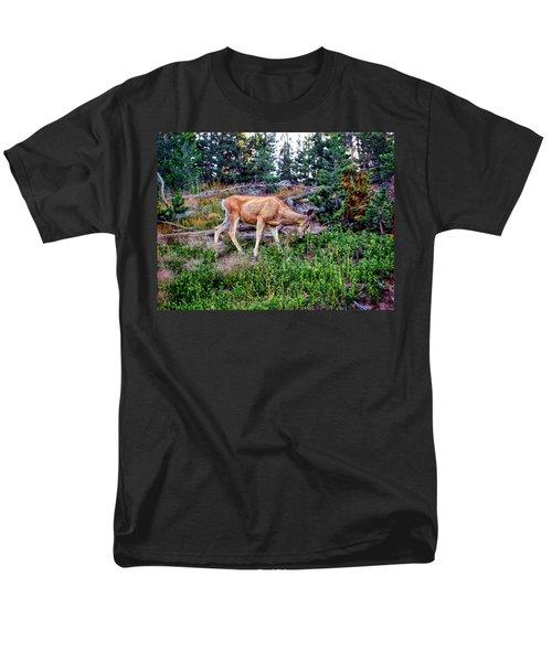 Men's T-Shirt  (Regular Fit) featuring the photograph Deer 1 by Dawn Eshelman