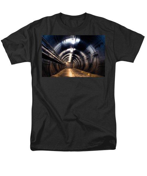 Diefenbunker Men's T-Shirt  (Regular Fit)