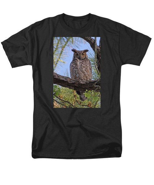 Men's T-Shirt  (Regular Fit) featuring the photograph Don't Mess With My Chicks #2 by Paul Rebmann