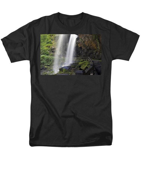 Dry Falls North Carolina Men's T-Shirt  (Regular Fit) by Charles Beeler