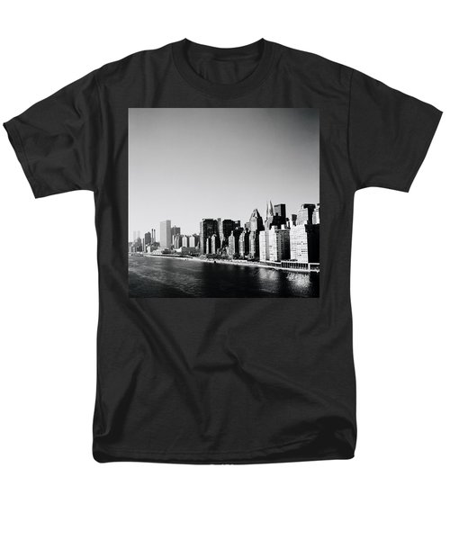 East River New York Men's T-Shirt  (Regular Fit) by Shaun Higson