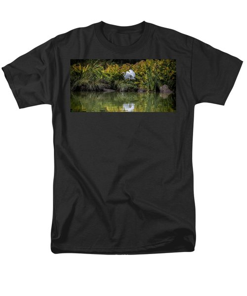 Men's T-Shirt  (Regular Fit) featuring the photograph Egret At The Lake by Chris Lord
