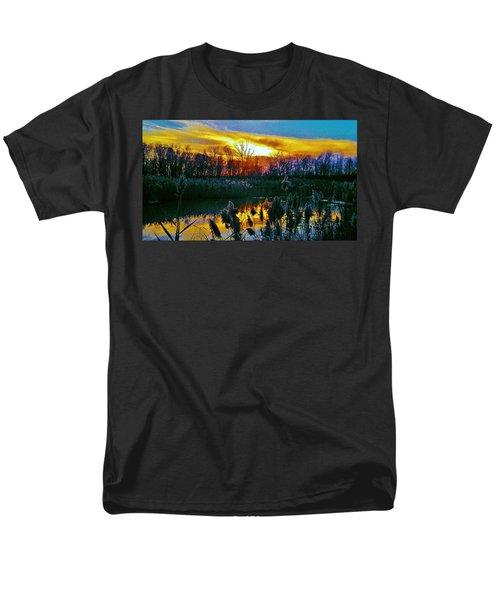 Men's T-Shirt  (Regular Fit) featuring the photograph Emagin Sunset by Daniel Thompson
