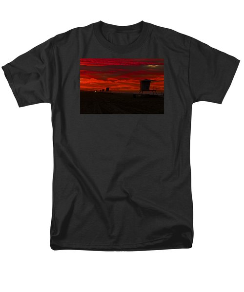 Men's T-Shirt  (Regular Fit) featuring the photograph Embers Of Dawn by Duncan Selby