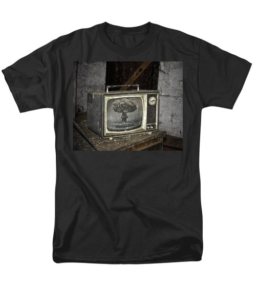 End Of The Show  Men's T-Shirt  (Regular Fit) by Jerry Cordeiro
