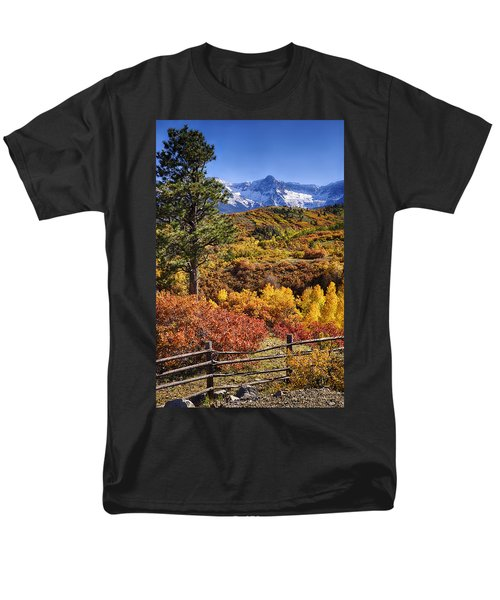 Fall At Dallas Divide Men's T-Shirt  (Regular Fit) by Priscilla Burgers