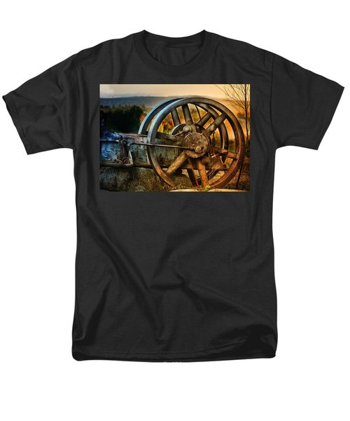 Fall Through The Wheels Men's T-Shirt  (Regular Fit) by Susan Capuano