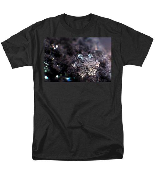 Fallen Beauty Men's T-Shirt  (Regular Fit) by Rob Blair