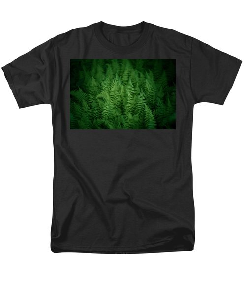 Fern Bed Men's T-Shirt  (Regular Fit)
