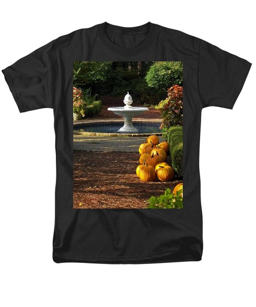 Men's T-Shirt  (Regular Fit) featuring the photograph Fountain And Pumpkins At The Elizabethan Gardens by Greg Reed