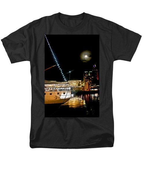 Men's T-Shirt  (Regular Fit) featuring the photograph Fragata  by Silvia Bruno
