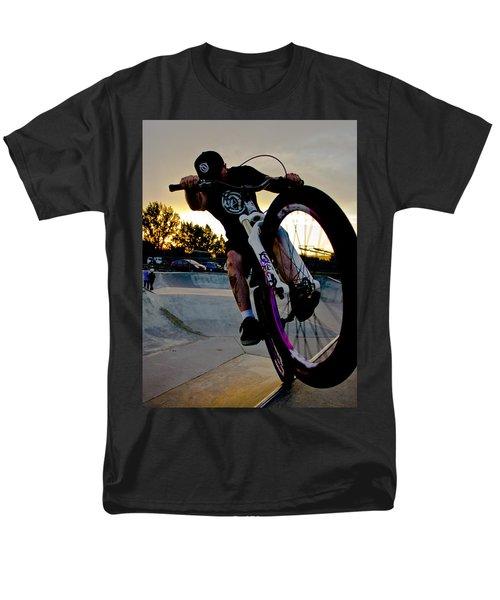 Fumanchue Men's T-Shirt  (Regular Fit) by Joel Loftus