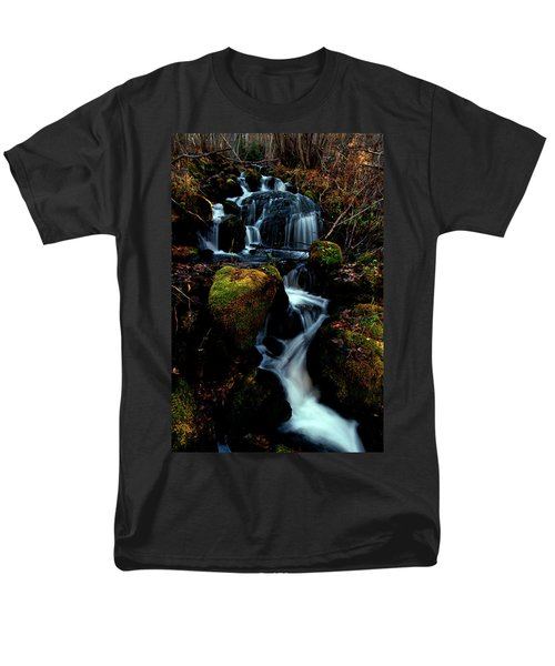 Men's T-Shirt  (Regular Fit) featuring the photograph Gentle Descent by Jeremy Rhoades