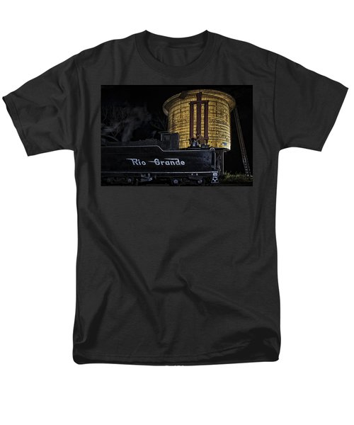 Getting Water Men's T-Shirt  (Regular Fit) by Priscilla Burgers