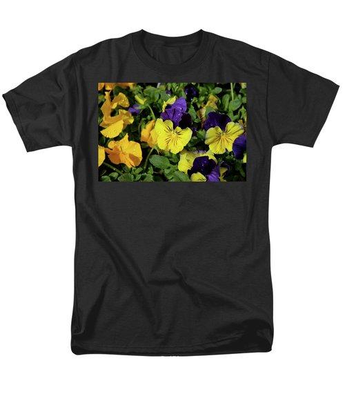 Giant Garden Pansies Men's T-Shirt  (Regular Fit) by Ed  Riche