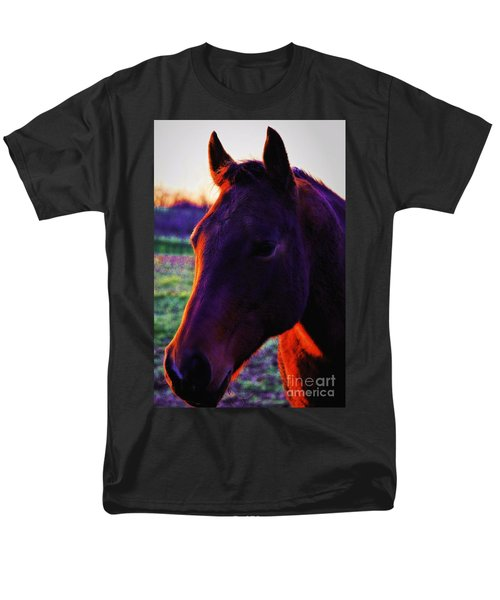Men's T-Shirt  (Regular Fit) featuring the photograph Glamour Shot by Robert McCubbin