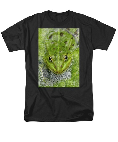Green Frog Men's T-Shirt  (Regular Fit) by Matthias Hauser