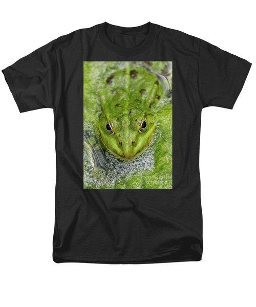 Green Frog Men's T-Shirt  (Regular Fit) by Matthias Hauser