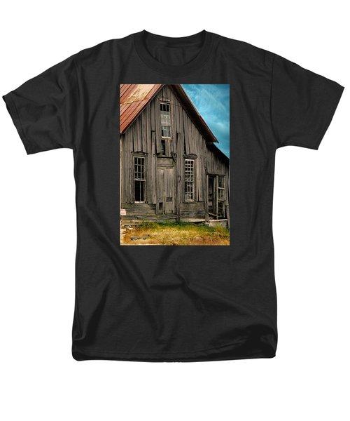 Shack Of Elora Tn  Men's T-Shirt  (Regular Fit) by Lesa Fine