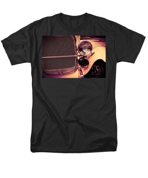 Headlight And Horn Men's T-Shirt  (Regular Fit) by Bartz Johnson