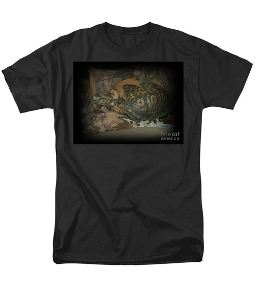 Men's T-Shirt  (Regular Fit) featuring the photograph Here's Looking At You by Sara  Raber