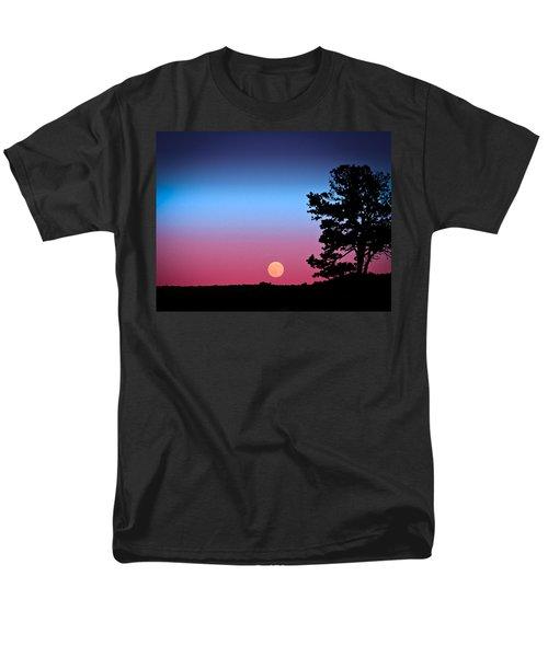 Men's T-Shirt  (Regular Fit) featuring the photograph Hunter's Moonrise In Eastern Arizona by John Haldane