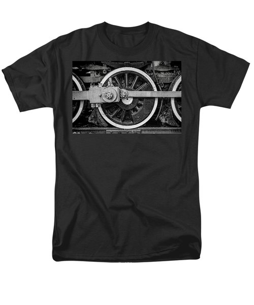 Men's T-Shirt  (Regular Fit) featuring the photograph In The Middle by Ken Smith