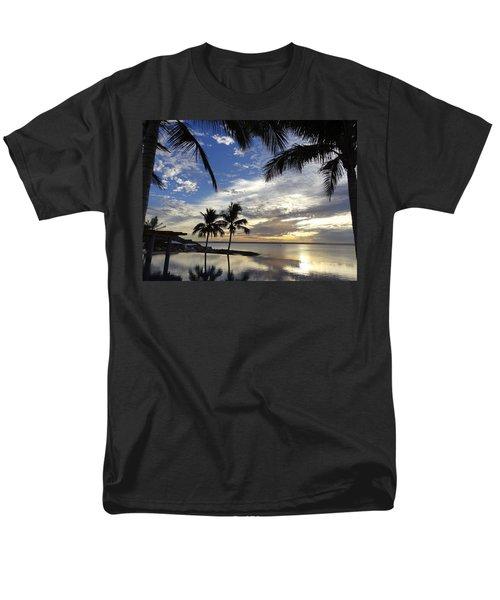 Isla Infinity Men's T-Shirt  (Regular Fit)