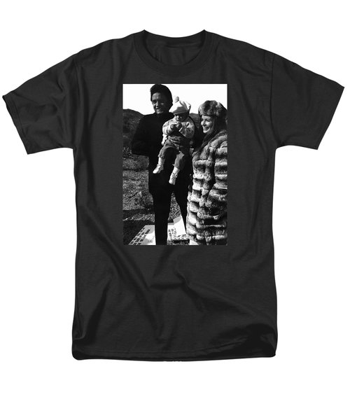 Men's T-Shirt  (Regular Fit) featuring the photograph Johnny Cash And Family Old Tucson Arizona 1971 by David Lee Guss