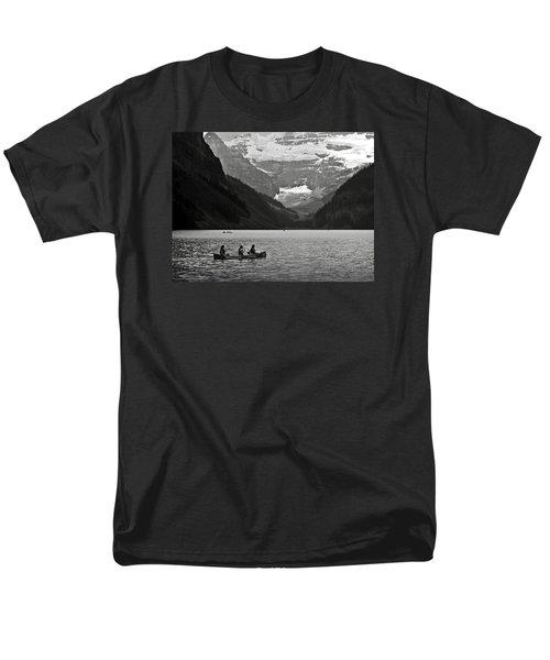 Kayak On Lake Louise Men's T-Shirt  (Regular Fit) by RicardMN Photography