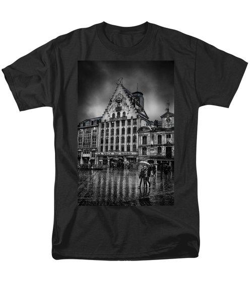 La Voix Du Nord Men's T-Shirt  (Regular Fit) by Ian Good