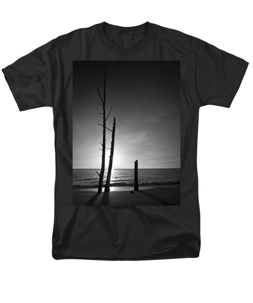 Lovers Key Sunset Black And White One Men's T-Shirt  (Regular Fit) by Bradley R Youngberg