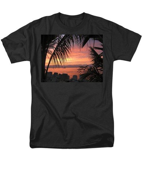 Loving La Cruz Men's T-Shirt  (Regular Fit)