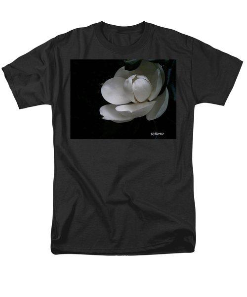 Magnolia Men's T-Shirt  (Regular Fit)