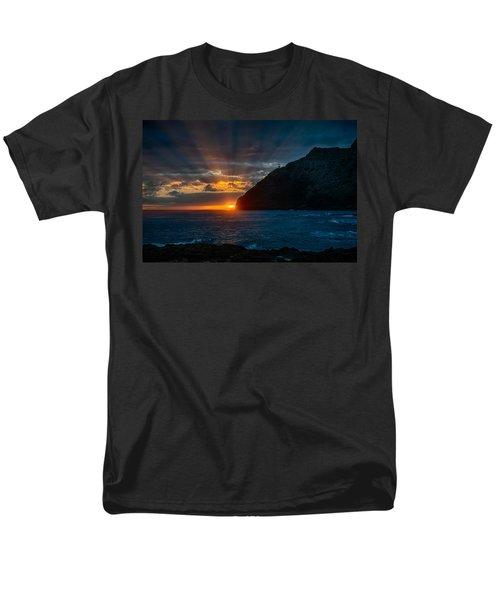 Makapuu Sunrise Men's T-Shirt  (Regular Fit) by Dan McManus