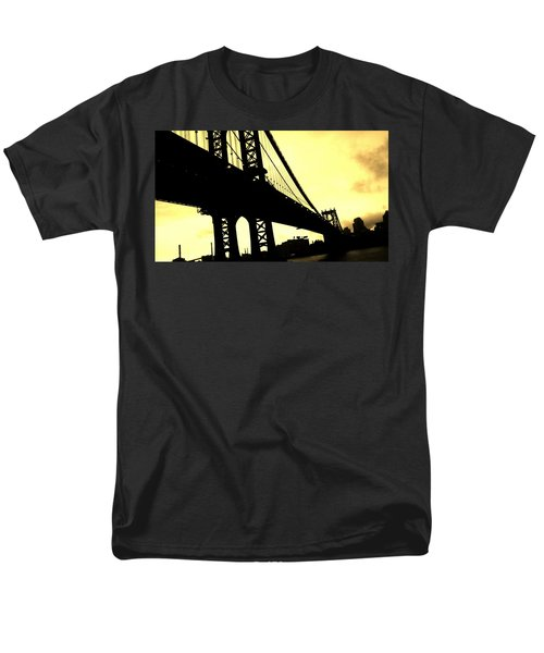 Manhattan Bridge Men's T-Shirt  (Regular Fit)