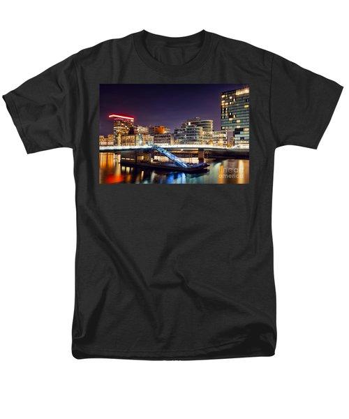 Media Harbor Dusseldorf Men's T-Shirt  (Regular Fit) by Daniel Heine