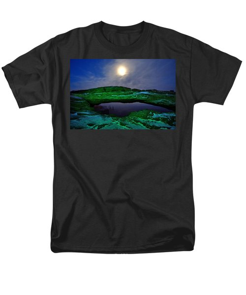 Men's T-Shirt  (Regular Fit) featuring the photograph Mesa Arch In Green by David Andersen