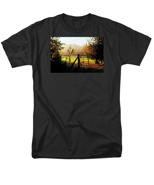 Men's T-Shirt  (Regular Fit) featuring the photograph Moffit Bridge  by Daniel Thompson