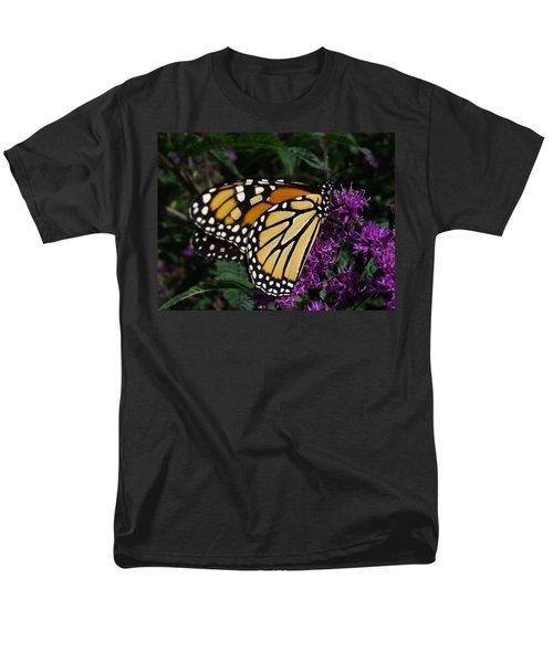 Men's T-Shirt  (Regular Fit) featuring the photograph Monarch by Lingfai Leung