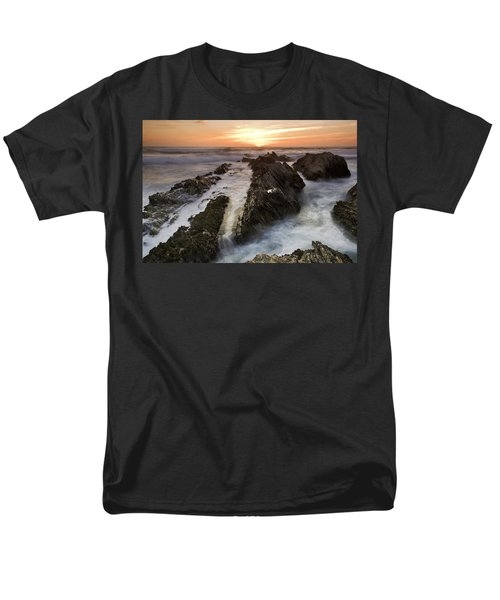 Montana De Oro Sunset 1 Men's T-Shirt  (Regular Fit)
